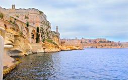 De vestingwerken van het zandsteen van Vittoriosa, Malta Royalty-vrije Stock Fotografie