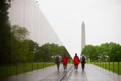 De Veteranengedenkteken van Vietnam in Washington DC door Maya Lin wordt ontworpen die Royalty-vrije Stock Foto