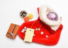 De Viering van Kerstmis Kleine punten die stuffers of vullers opslaan weinig Kerstmisgiften Vul sok met giften of stelt voor stock afbeelding