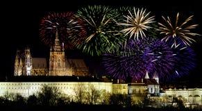 De vieringen van het Nieuwjaar van Praag castleand Stock Afbeelding