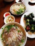 De Vietnamese schotels van het straatvoedsel Royalty-vrije Stock Afbeeldingen