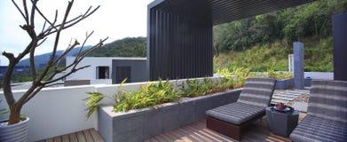 De villa met een zwembad Royalty-vrije Stock Foto's