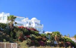 De villa's van de luxe beachfront vakantie. Stock Afbeeldingen
