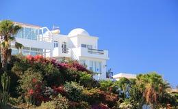 De villa's van de luxe beachfront vakantie. Stock Afbeelding