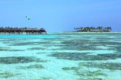 De villa van de Maldiven vater Stock Foto