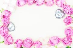 De violette rozen van de valentijnskaartendag Stock Foto's
