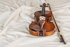 De viool op doek plooit Stock Foto's