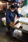 De vissenmarkt van Tsukiji Stock Foto's