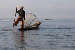 De visser van het Meer van Inle royalty-vrije stock fotografie