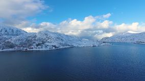 De visserij van dorp in Lofoten stock video