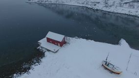 De visserij van dorp in Lofoten stock footage