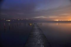 De visserij van pijler op de kust van het meer van Varna Royalty-vrije Stock Foto's