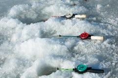 De vissers van de riviervloed De gescheurde vissers van het rivierijs Rivier met Royalty-vrije Stock Afbeelding
