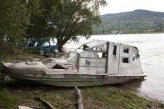 De vissersboot van Beached royalty-vrije stock foto's