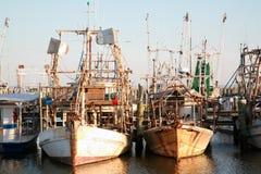 De Vissersboten van garnalen en van de Oester Stock Foto
