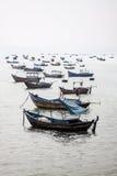 De vissersboten van Vietnam ` s Stock Afbeelding