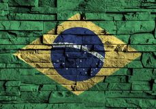 De vlag van Brazilië het schilderen op hoog detail van oude bakstenen muur Stock Foto