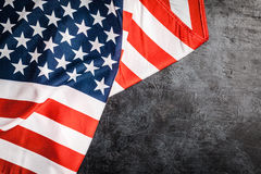 De vlag van de V.S. op grijze achtergrond Royalty-vrije Stock Fotografie