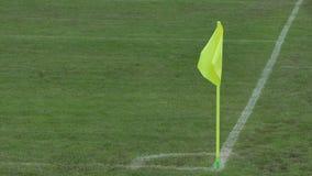 De vlag van de voetbalhoek stock videobeelden