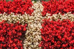 De vlag van Denemarken uit bloemen wordt gemaakt die Royalty-vrije Stock Fotografie