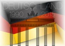 De vlag van Duitsland en de poort van Brandenburg Stock Afbeelding