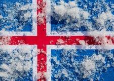 De vlag van IJsland is behandeld met ijsblokjes stock illustratie