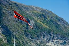 De vlag van Noorwegen - aard en reisachtergrond Royalty-vrije Stock Afbeeldingen