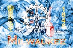 De vlag van de de stadsrook van Millwaukee, de Staat van Wisconsin, de Verenigde Staten van Amerika Royalty-vrije Stock Afbeeldingen