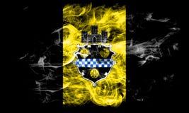 De vlag van de de stadsrook van Pittsburgh, de Staat van Pennsylvania, de Verenigde Staten van Amerika Royalty-vrije Stock Foto