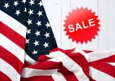 De vlag van Verenigde Staten Amerikaanse vakantie Verkoop royalty-vrije stock afbeeldingen
