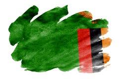 De vlag van Zambia wordt in vloeibare die waterverfstijl afgeschilderd op witte achtergrond wordt geïsoleerd stock fotografie