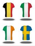 De vlaggen van België, Italië, Ierland, Zweden op t-shirt op witte achtergrond Stock Foto's