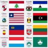 De vlaggen en de kapitalen van de wereld plaatsen 13 Stock Foto