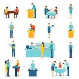 De vlakke geplaatste pictogrammen van de cateringsdienst Stock Foto's