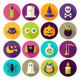 De vlakke Magische die Halloween-Pictogrammen van de Heksencirkel met lange Schaduw worden geplaatst Royalty-vrije Stock Foto's