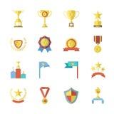 De vlakke Symbolen van de Ontwerptoekenning en Trofeepictogrammen Geplaatst Geïsoleerde Vectorillustratie Royalty-vrije Stock Foto