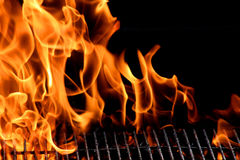 De vlam van de grill Stock Foto's