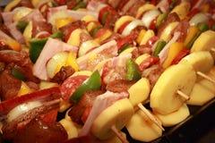 De Vleespennen van de grill Stock Foto's