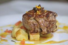 De vleessaus met versiert Stock Foto's