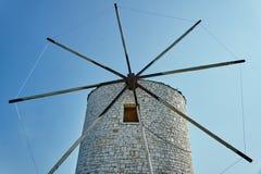 De vleugels van een traditionele windmolen Royalty-vrije Stock Fotografie