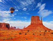 De vliegende ballon Royalty-vrije Stock Afbeeldingen