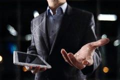 De vliegende 3D achtergrond van het netwerkgebied Bedrijfstechnologie en Internet-concept Moderne virtuele het scherminterface Stock Fotografie
