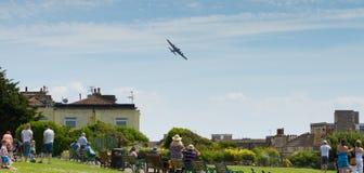 De vliegende weston-s-Merrie van Vestingsweston air festival op Zondag 22 Juni 2014 royalty-vrije stock foto's