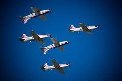 De vliegtuigen bij de lucht tonen Royalty-vrije Stock Fotografie