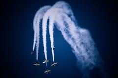 De vliegtuigen bij de lucht tonen Royalty-vrije Stock Afbeelding