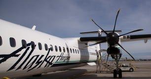 De vliegtuigen van de Horizonbombadier van Alaska stock fotografie