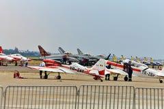 De vliegtuigen van ZLIN 50 op de luchthaven bij BIAS 2015 Stock Foto's