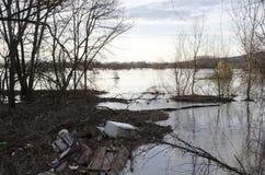 De Vloed van de rivier Stock Foto
