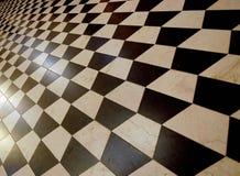 De vloer betegelt 3D patroon van het kubussenschaakbord Stock Afbeeldingen