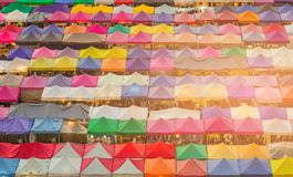 De vlooienmarkt veelvoudige kleur van het nachtweekend Royalty-vrije Stock Foto